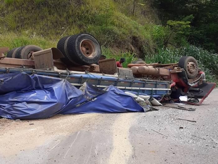 Chuva causa transtornos e deixa prejuízos para moradores de Elói Mendes