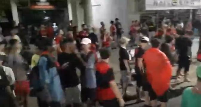Aglomeração de torcedores: flamenguistas não respeitam distanciamento conta Covid-19 em Muriaé