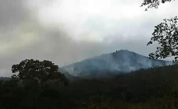 Incêndio destrói parte da Serra de Itumirim
