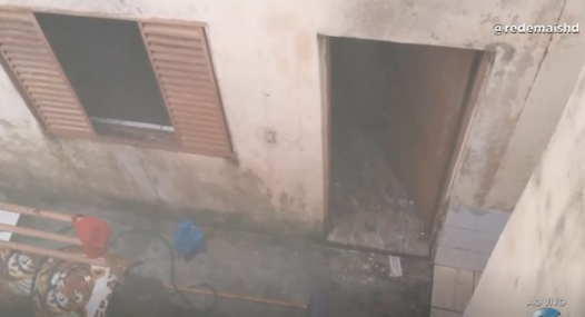 Varginha: vela causa incêndio em uma casa