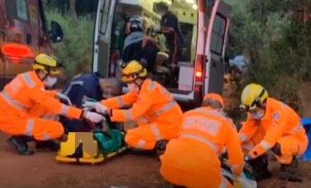 Varginha: 5 pessoas ficam feridas em acidente na zona rural