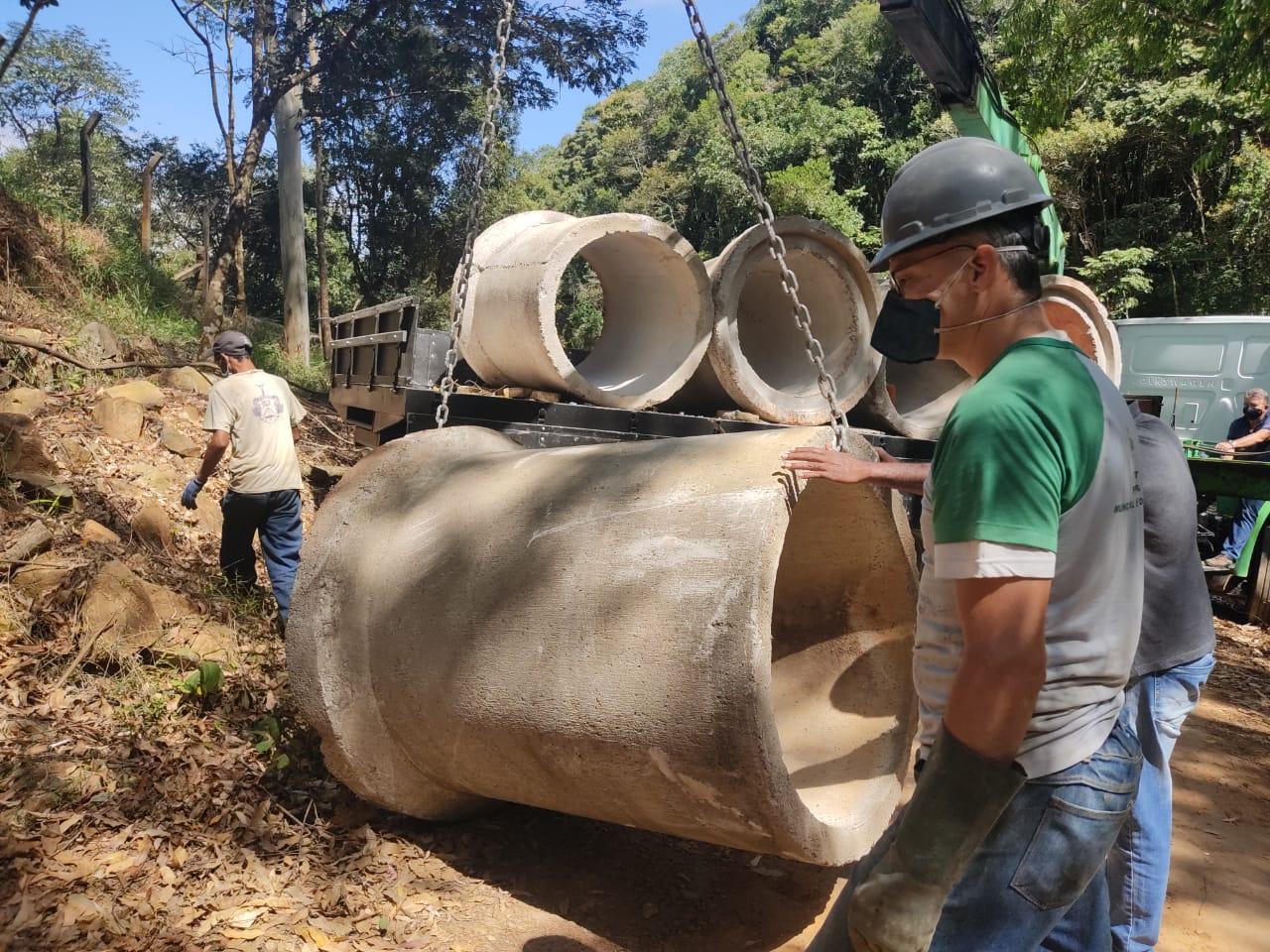 Poços de Caldas: prefeitura interdita entrada na Serra de São Domingos após aglomeração