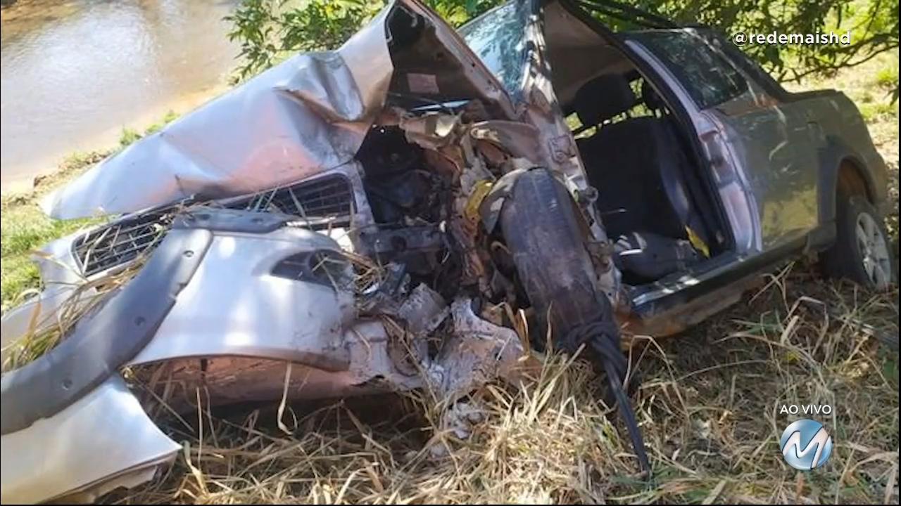 Leopoldina: motorista fica ferida em acidente no Distrito de Piacatuba